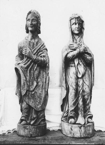 deux statues : La Vierge, saint Jean