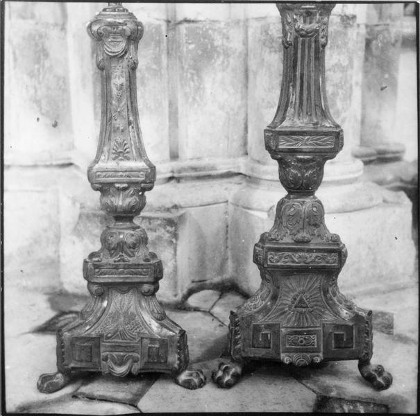 6 chandeliers d'autel