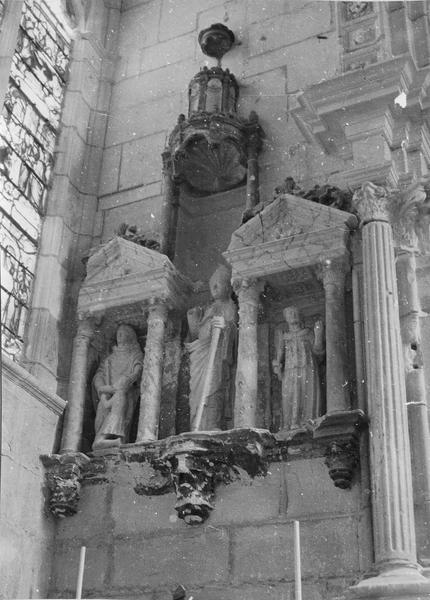 retable, trois statues : saint Denis, saint Rustique, saint Eleuthère