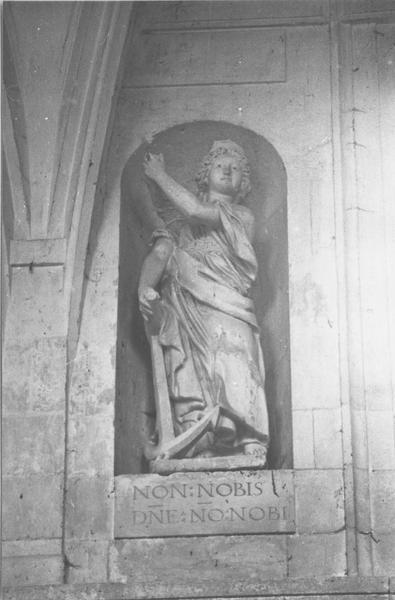 statue : La Foi, L' Espérance, La Charité