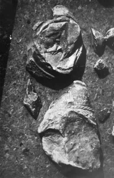 422 fragments de sculptures