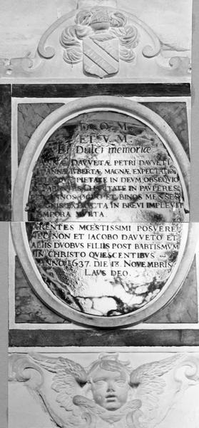 plaque funéraire d'Anne Dauvet