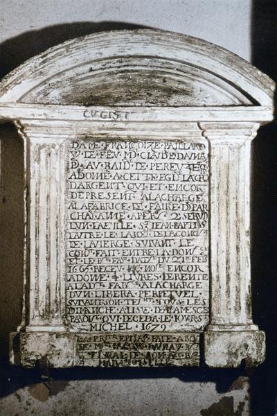 plaque commémorative à la mémoire de F. Paillard