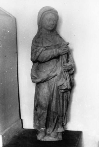 2 statues : La Vierge, Saint Jean