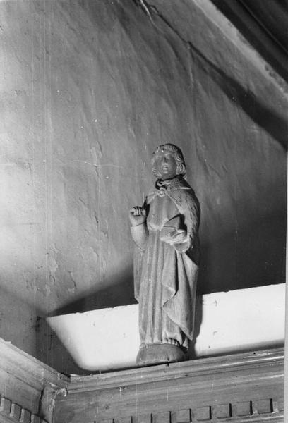 2 statues : Anges porte-flambeau