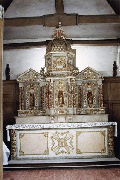 autel, tabernacle, retable, statues (statuettes)