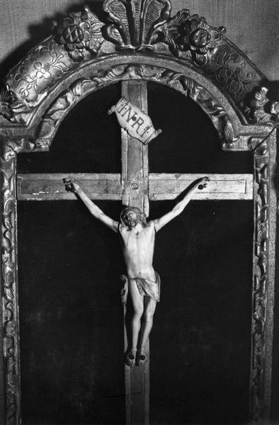 croix encadrée (crucifix)