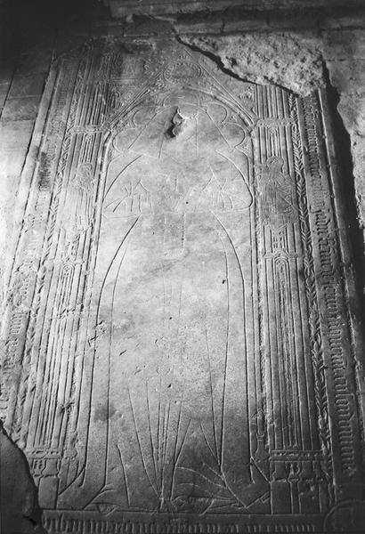 dalle funéraire de Marguerite Colline, femme de Jehan Jacquemin