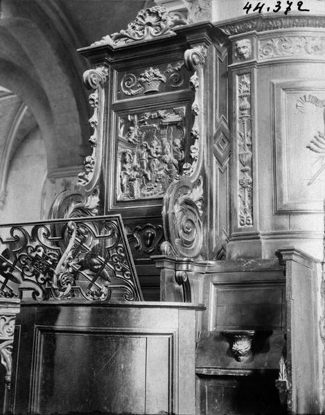 2 chaires à prêcher : La Nativité, Vierge à l'Enfant