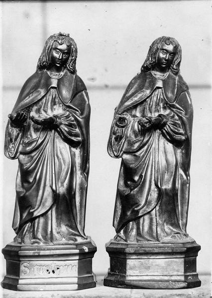 deux statuettes : saint Crépin, saint Crespinien