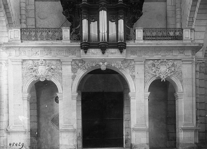 Tribune d'orgue