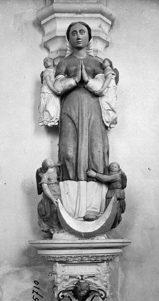 groupe sculpté : L' Assomption
