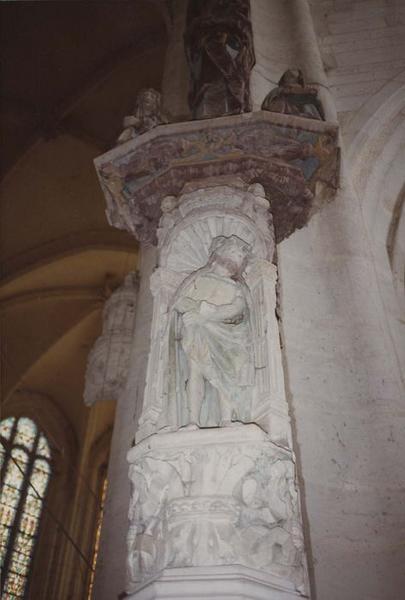 statue: Christ aux liens, vue générale