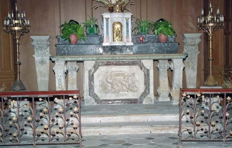 Autel, 2 gradins et tabernacle (maître-autel)