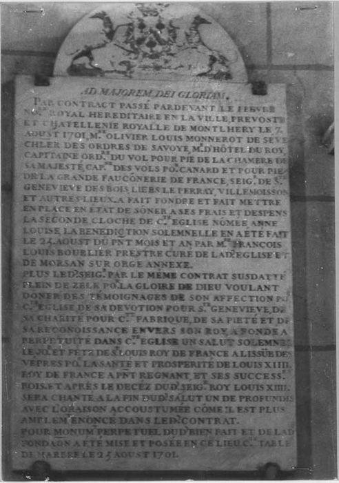 Inscription commémorative de fondation par Olivier de Sève