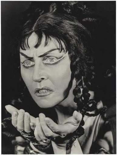 Hanna Rovina dans Médée d'Euripide