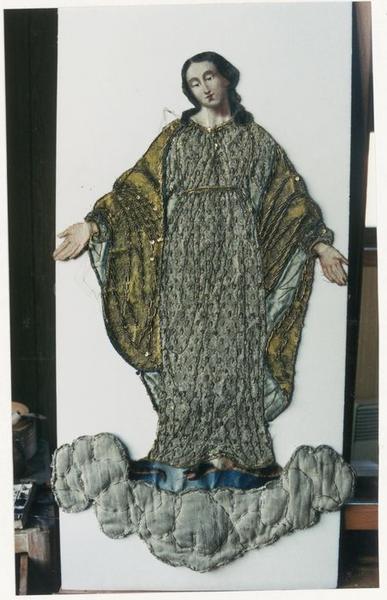Bannière de procession de la Vierge: détail motif central détaché