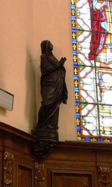 Ensemble de six statues : Vierge