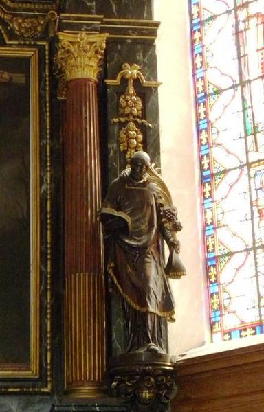 Ensemble de six statues : saint Vincent