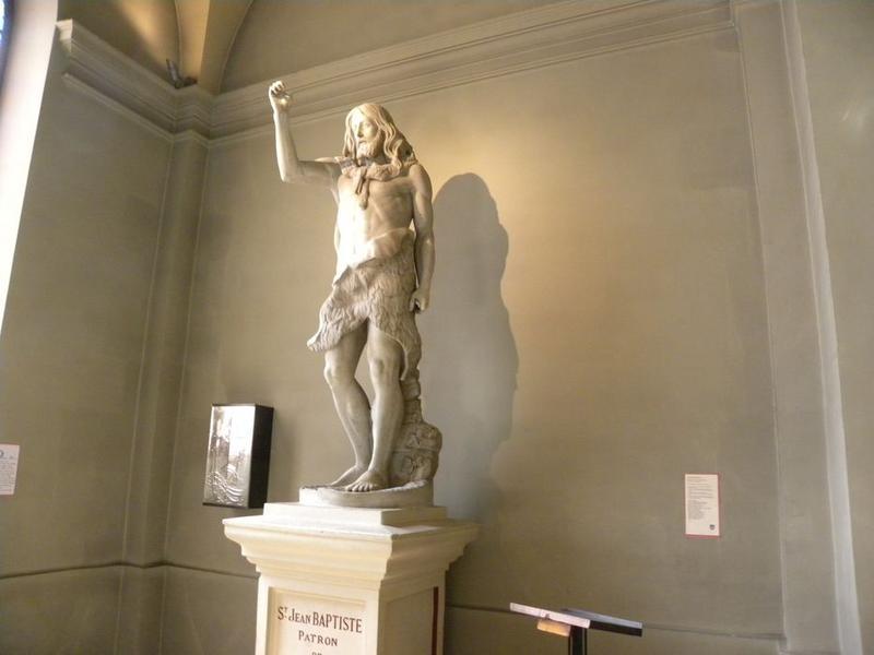 Statue : Saint Jean-Baptiste: vue de trois quart gauche