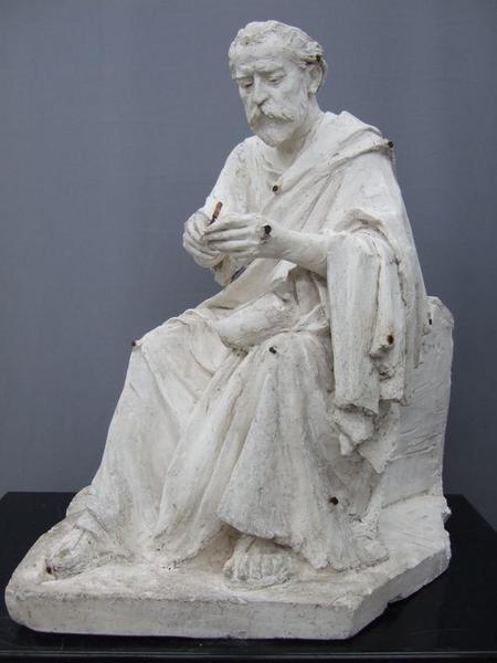 Statue de la chaire à prêcher : saint Jean l'Évangéliste: vue du coté gauche