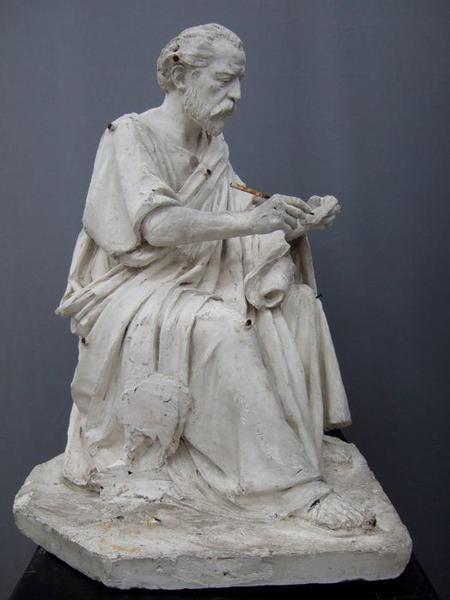 Statue de la chaire à prêcher : saint Jean l'Évangéliste: vue du coté droit