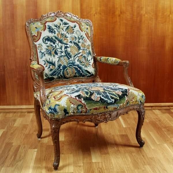 fauteuil (d'une paire), bois décapé