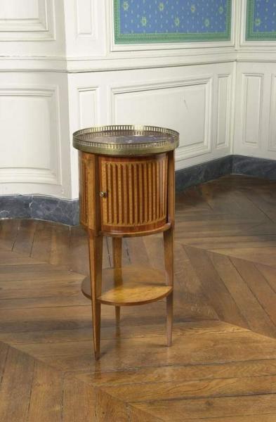 table de nuit en tambour