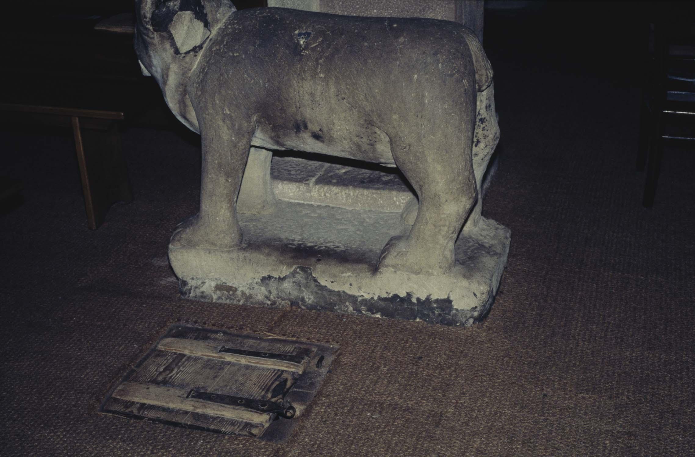 Statue : ourse