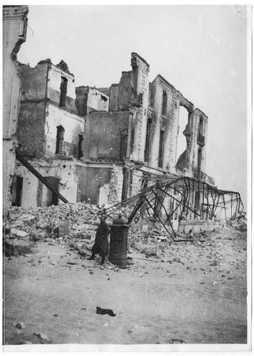 Le Grand-Hôtel détruit