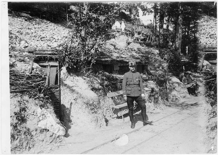 Campement de la Houyette : le commandant du camp
