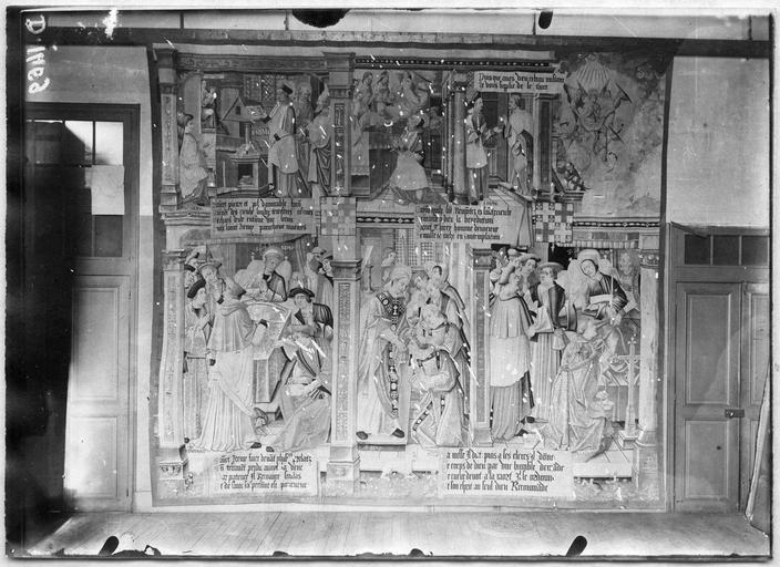 Tapisserie de Saint Rémi, provenant de l'église Saint-Rémi de Reims, criblée de trous de projectiles