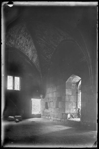 Intérieur de la grand'salle; angle nord-est