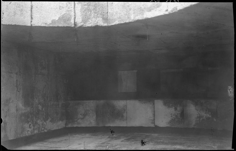 Mâchicoulis de l'entrée de la tour des Lions