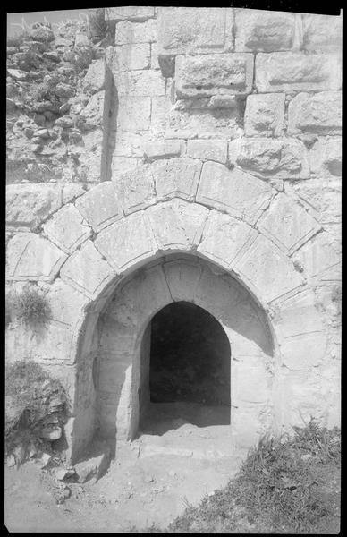 Entrée du château après dégagement