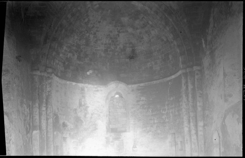 Intérieur de la chapelle détail de l'abside