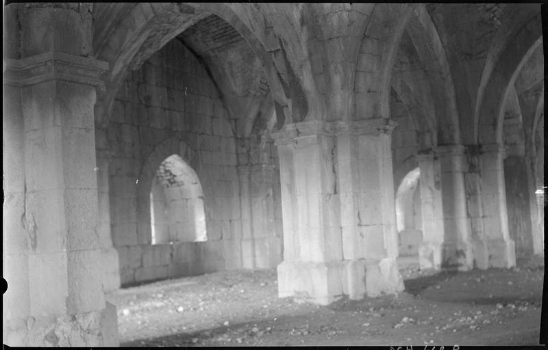 Vue intérieure de la voûte de la salle haute