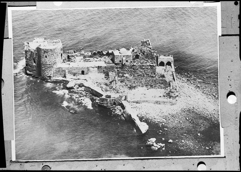 Reproduction d'une vue aérienne du château