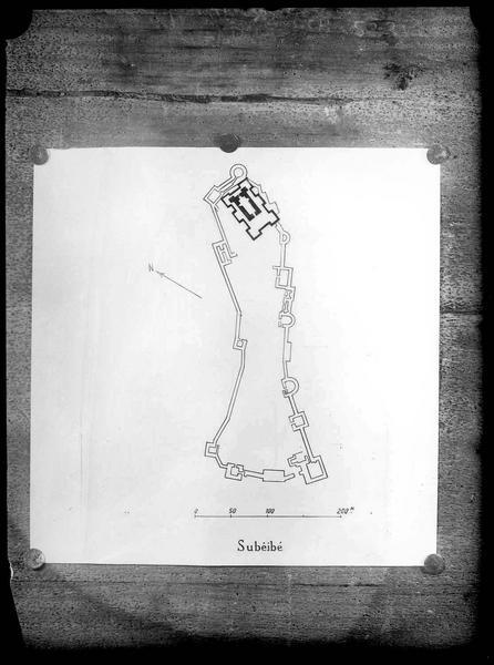 Reproduction d'un plan au sol du château de Subeibe