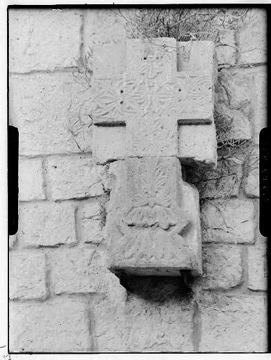 Bas-relief : croix
