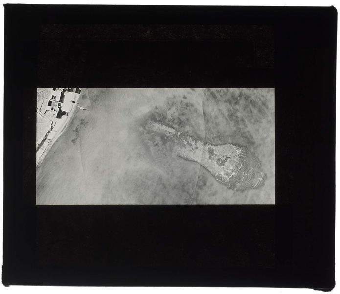 Vue aérienne des fortifications maritimes de Maraclée