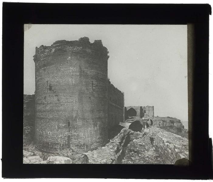 Vue extérieure de la tour maîtresse