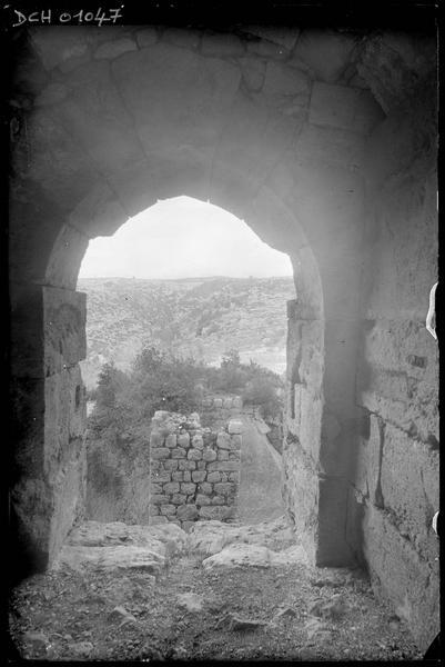 Sommet de l'aiguille du grand fossé, vu de l'intérieur de la tour maîtresse