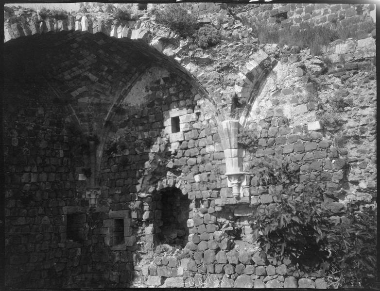 Intérieur de la grande salle gothique