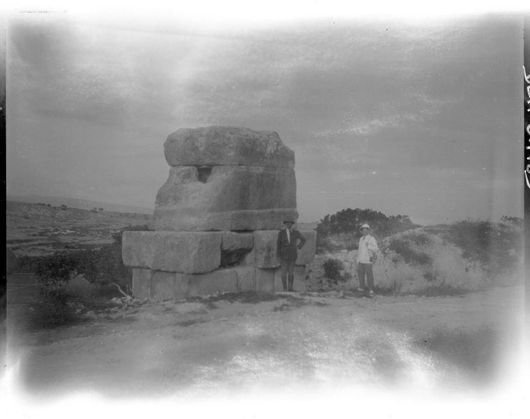 Vue d'ensemble, sur la route de Tyr à Tibnin