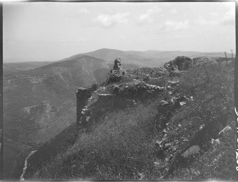 Le château et la vallée du Litani vers le nord