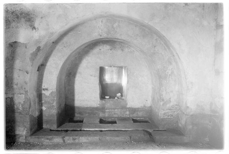 Assommoir et herse de la tour des Lions vus depuis la chambre supérieure
