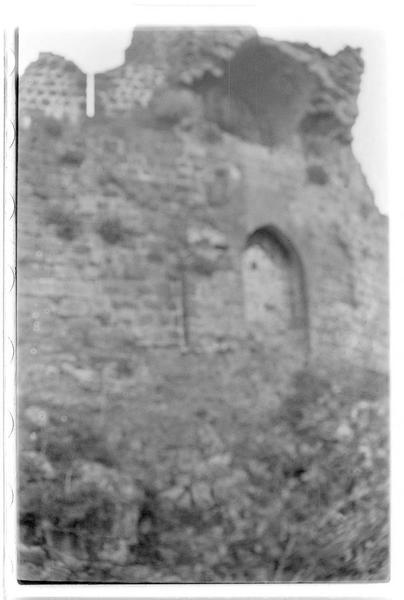 La tour-porte de l'enceinte urbaine