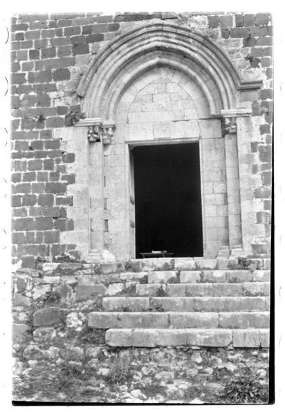 Portail d'entrée de la chapelle