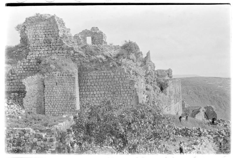 Le château depuis la tour-porte